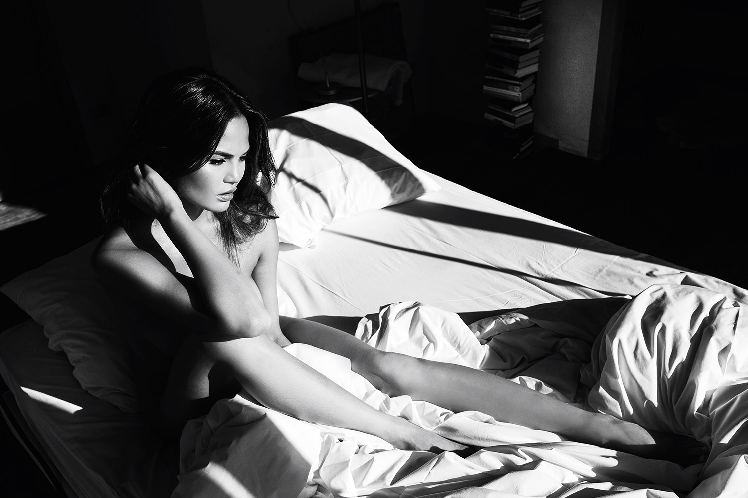 Chrissy Teigen Nude Photo...