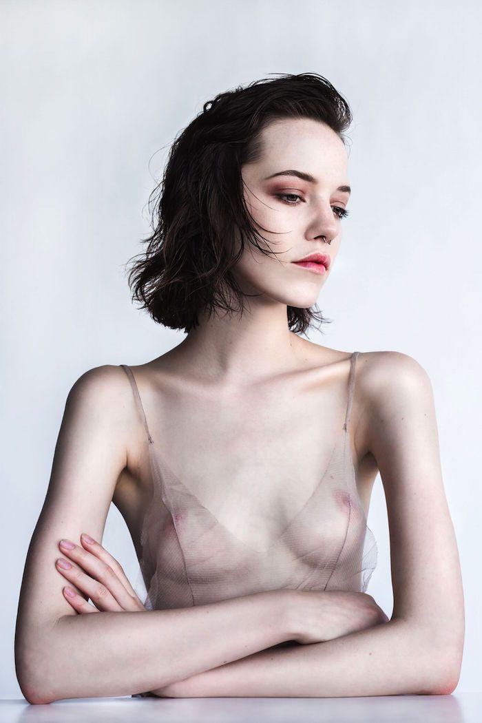 Corrie Lejuwaan Nude Phot...