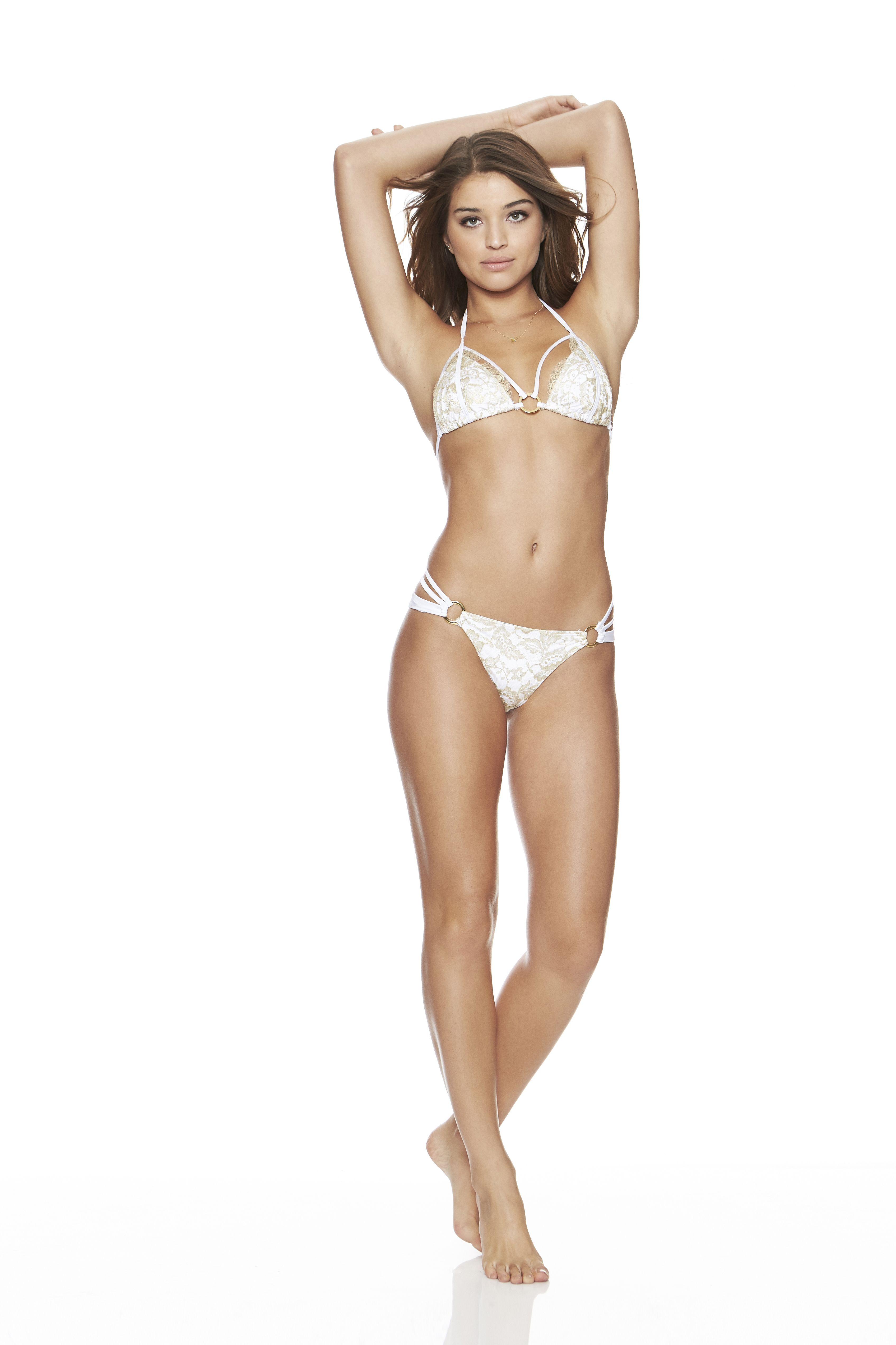 Sexy Pics Of Daniela Lope...