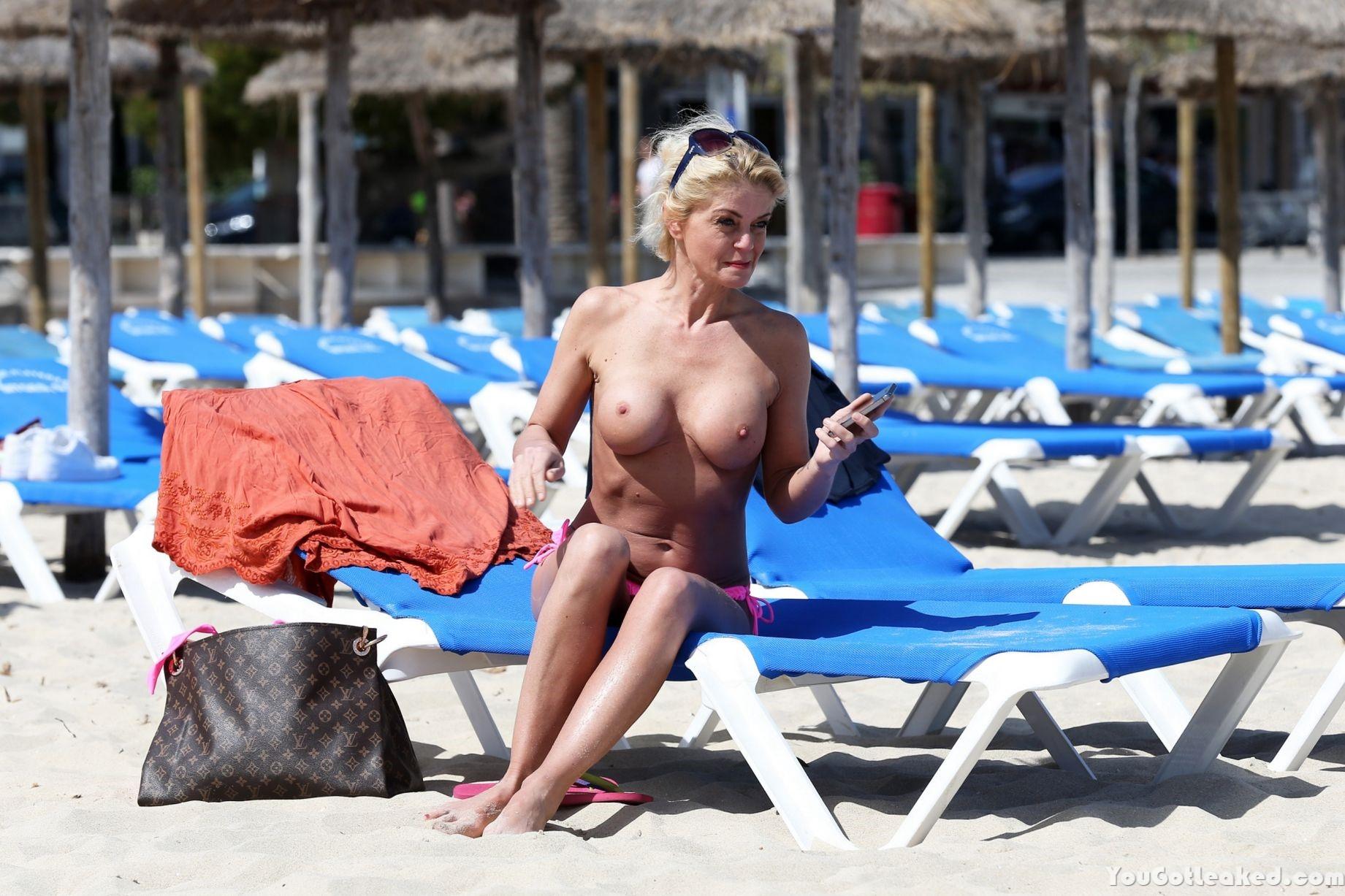 Topless Pics Of Danniella...