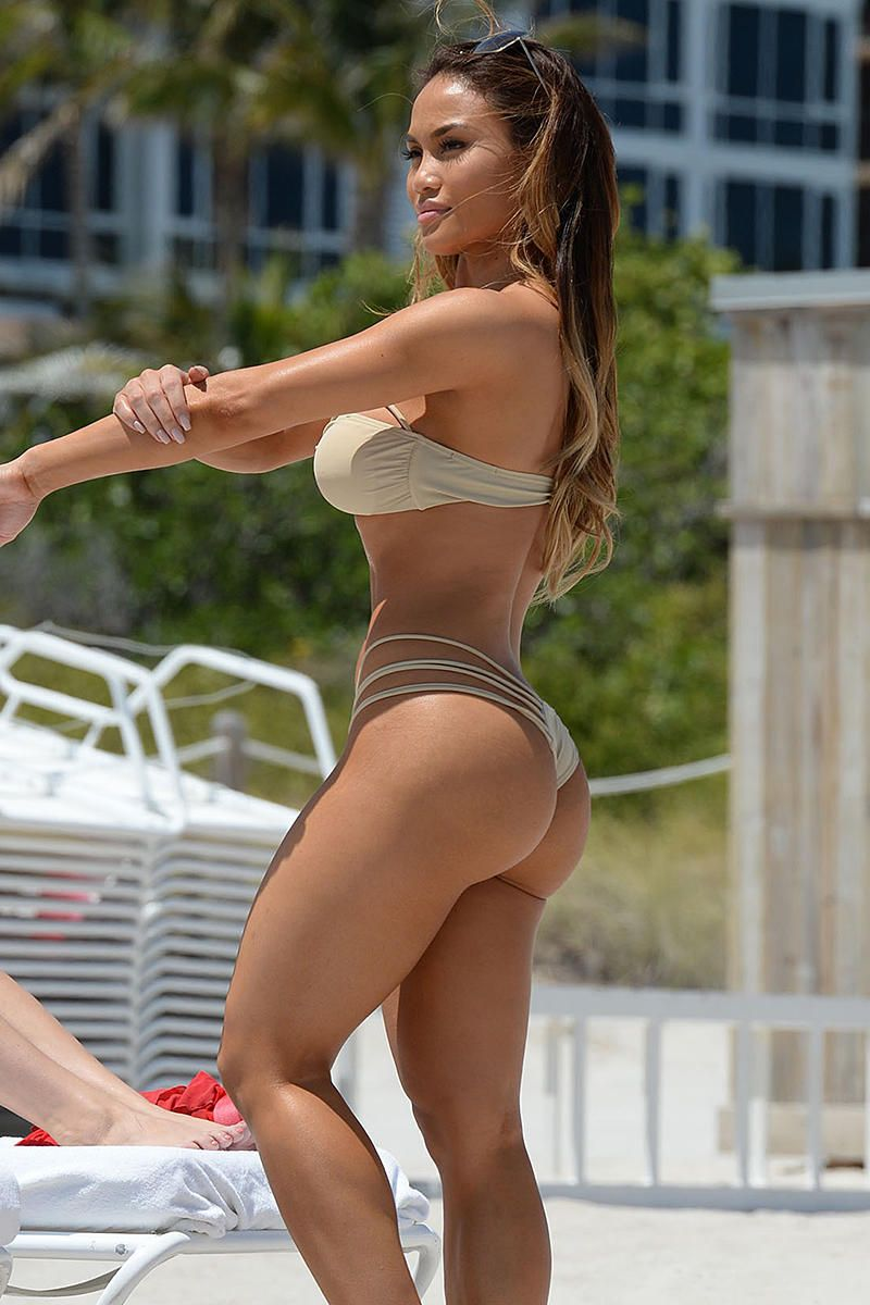 Hot Photos Of Daphne Joy