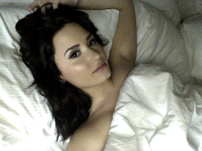 Demi Lovato Naked