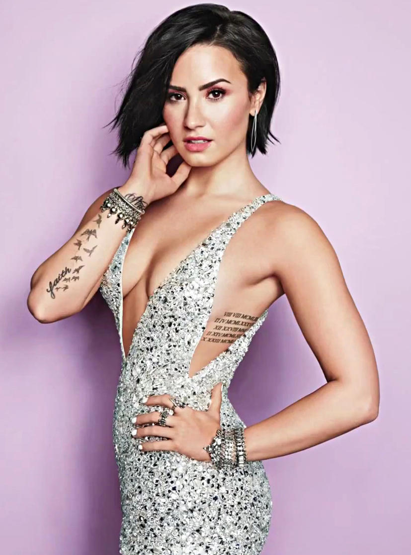 Demi Lovato's Sexy ...