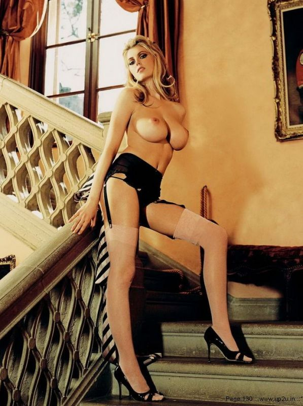 Diora Baird Hot Photos