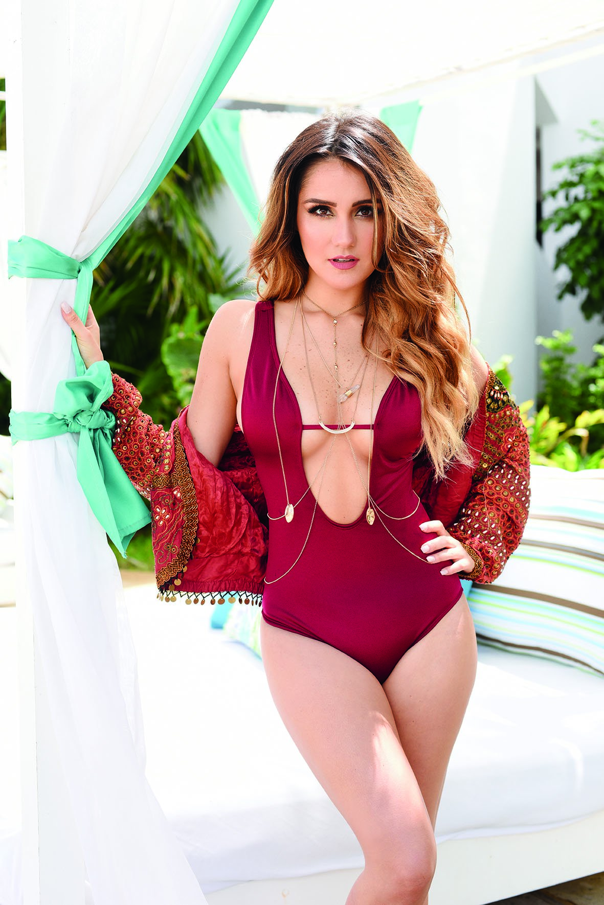 Dulce Maria Sexy Photos
