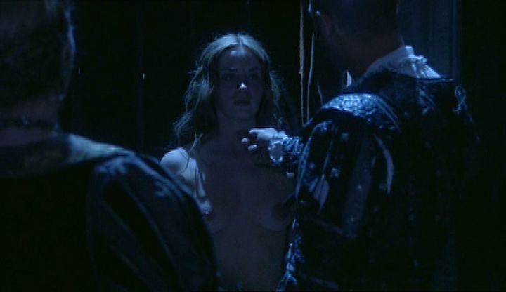 Emily Blunt Nude