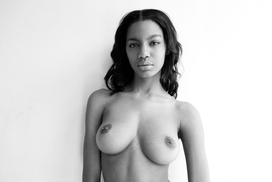 Topless Photos Of Ebonee ...