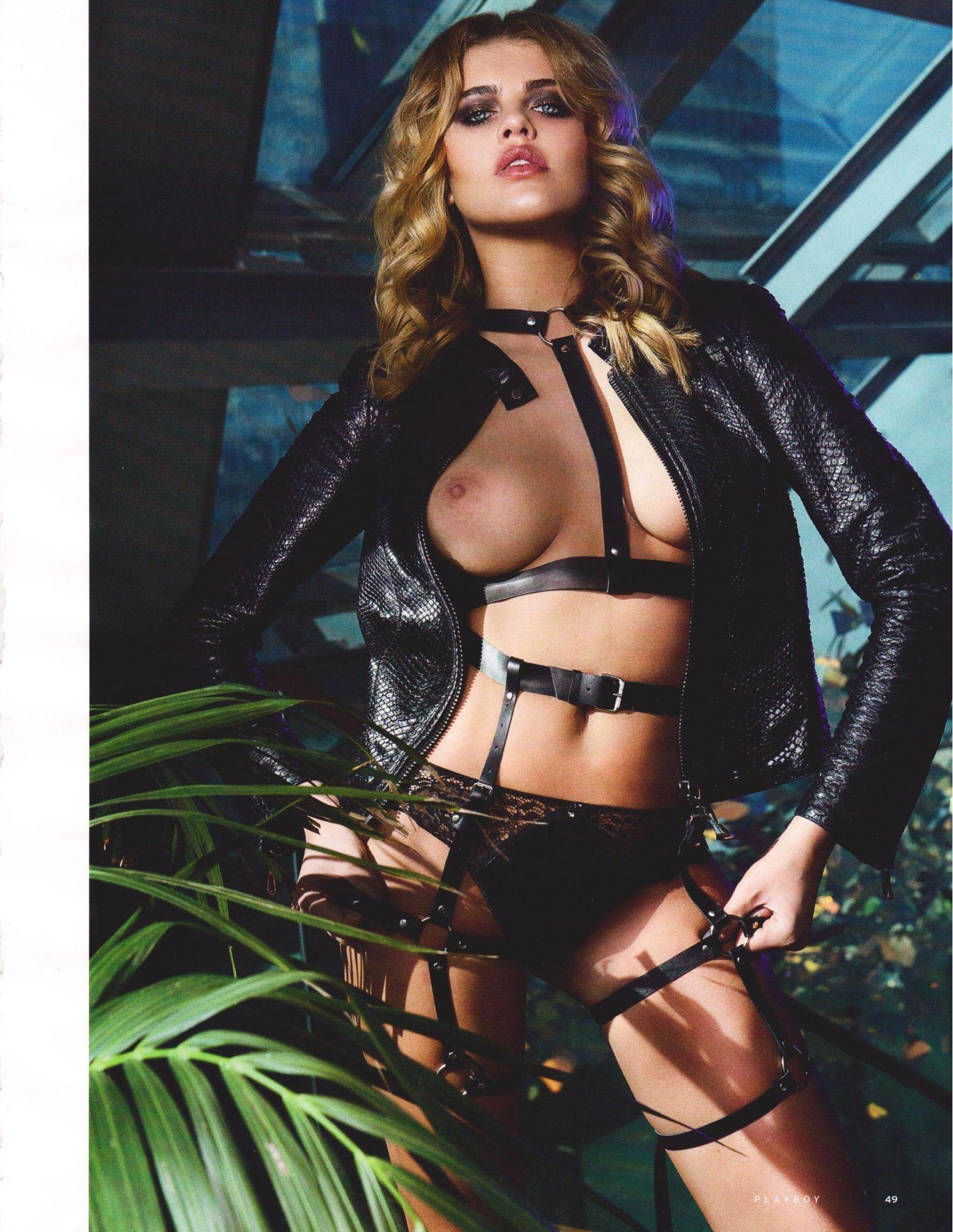 Ekaterina Mensikova sexy photoshoot (6)