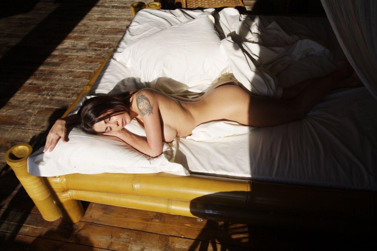 Elena Berkova Sexy Pictur...