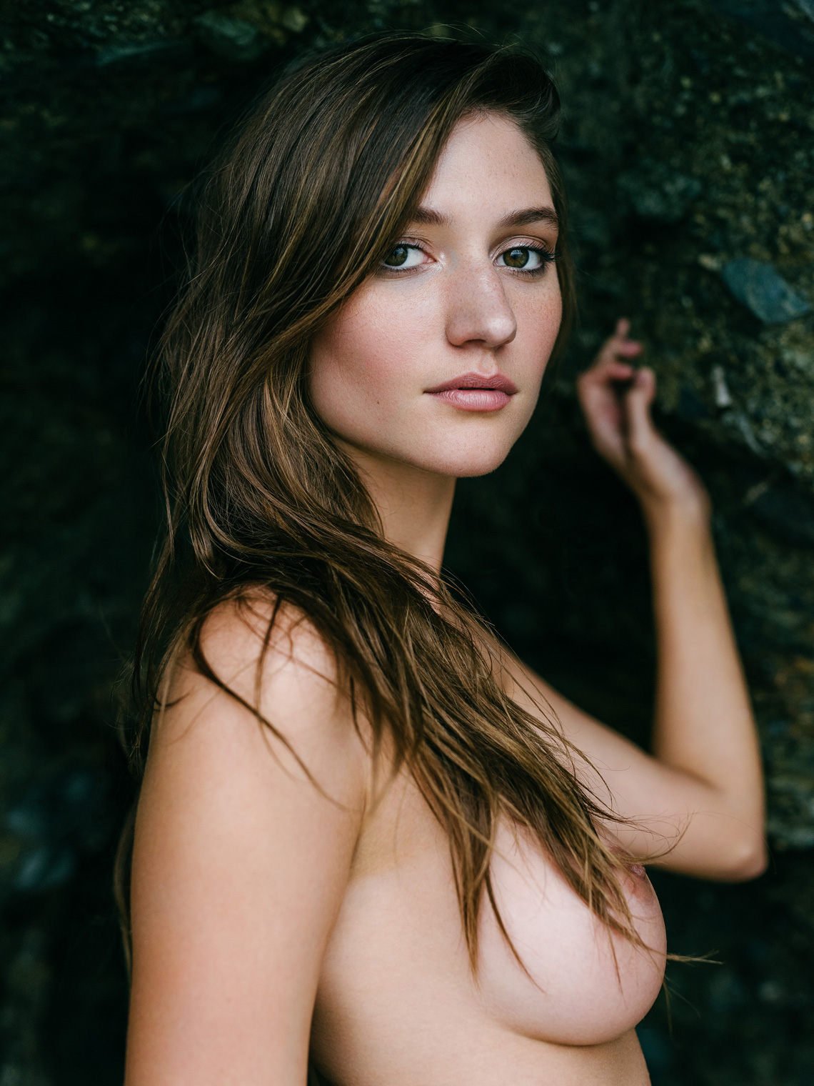 Topless Photos Of Elizabe...
