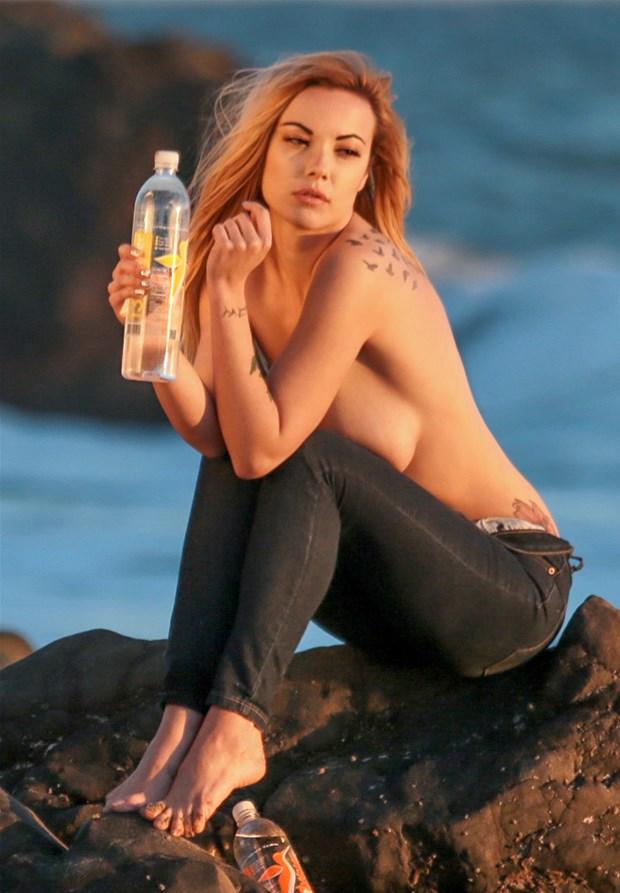 Elizabeth Marxs Topless P...