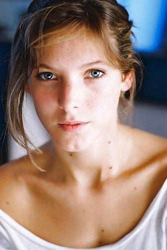 Elodie Varlet –  Na...