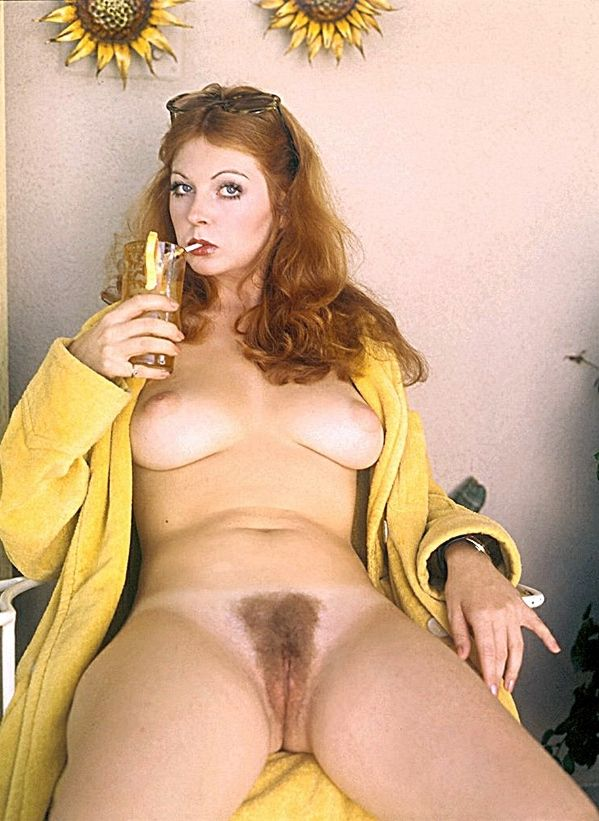 Elvira Cassandra Peterson_naked_046