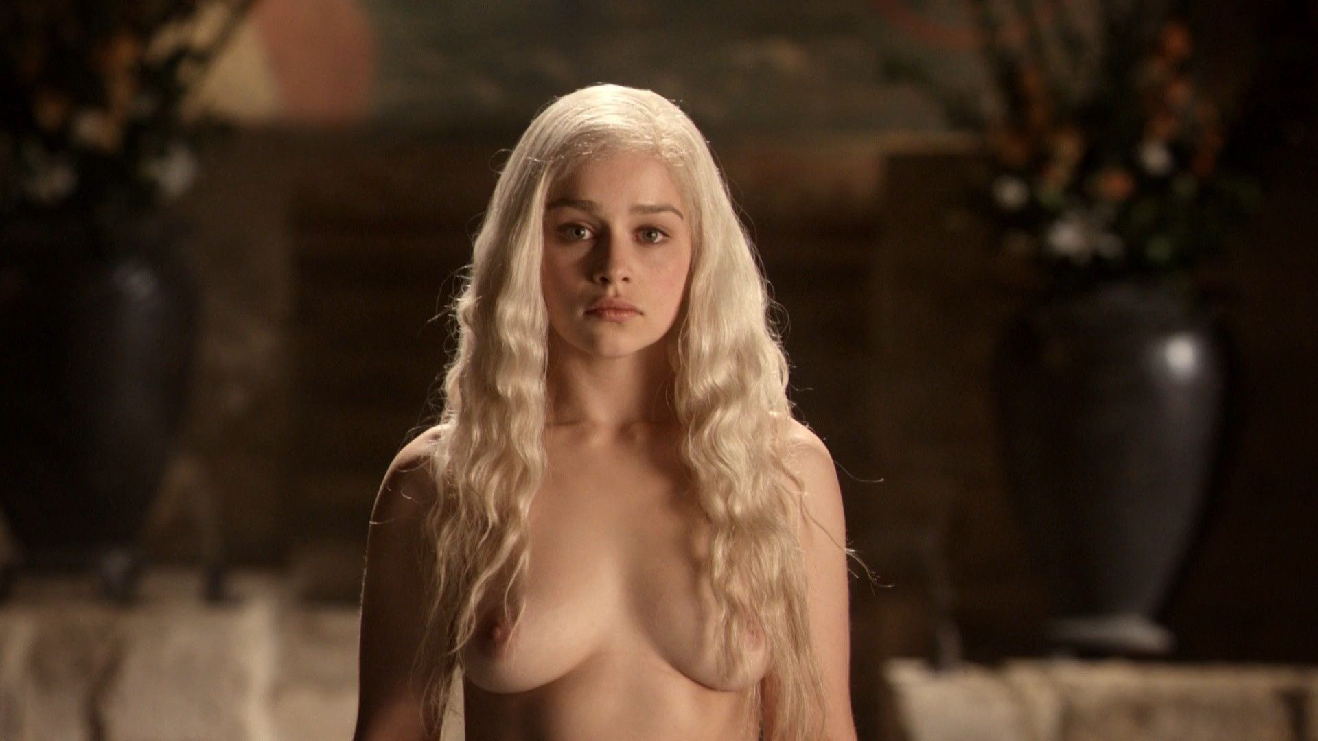 Emilia Clarke Nude Photos