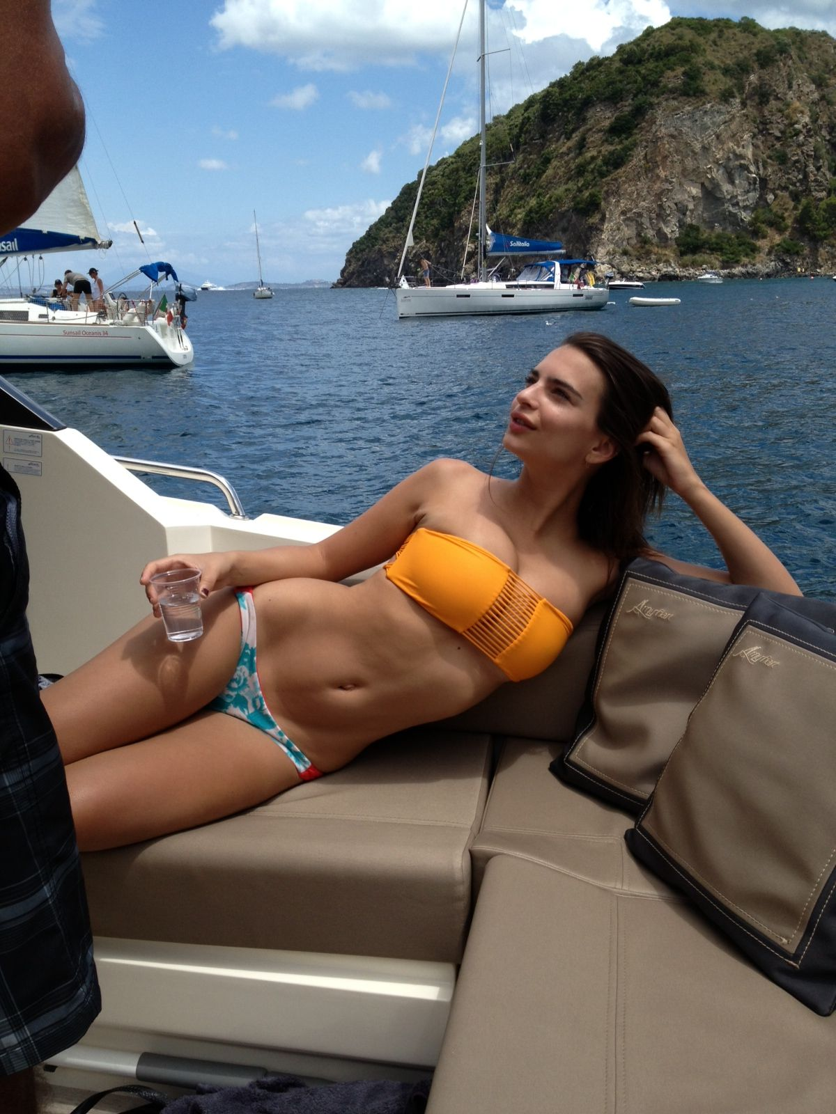 Emily Ratajkowski Naked &...
