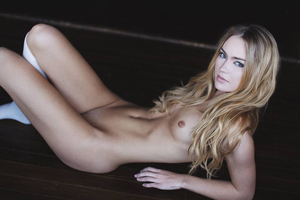 Nude Pics Of Emma King