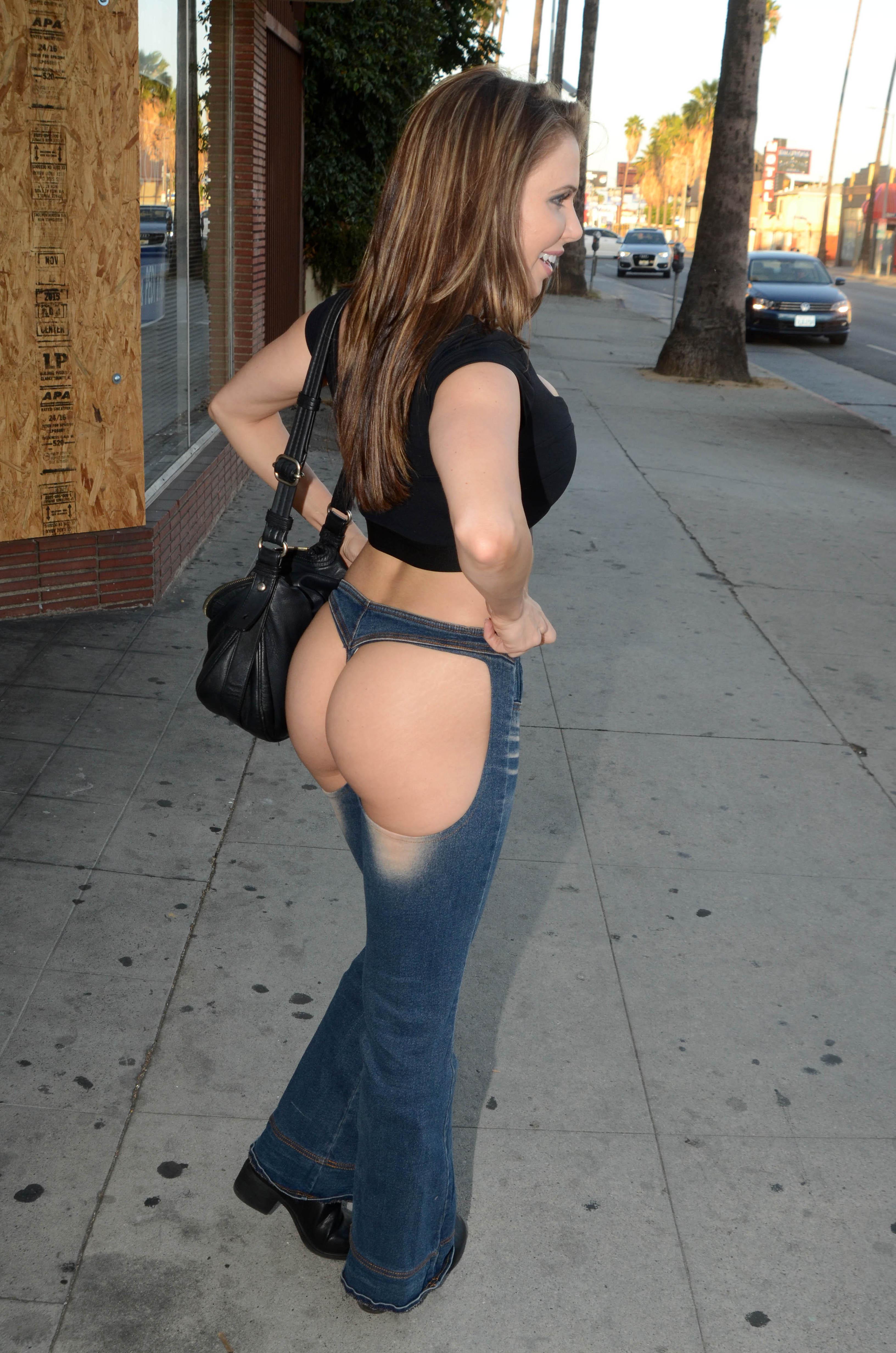 Booty Pics Of Erika Jorda...