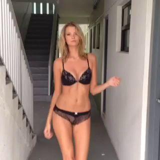 Erin Cummins Nude Leaked ...