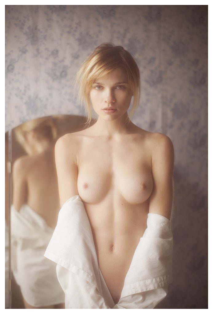 Eva Biechy Nude Photos