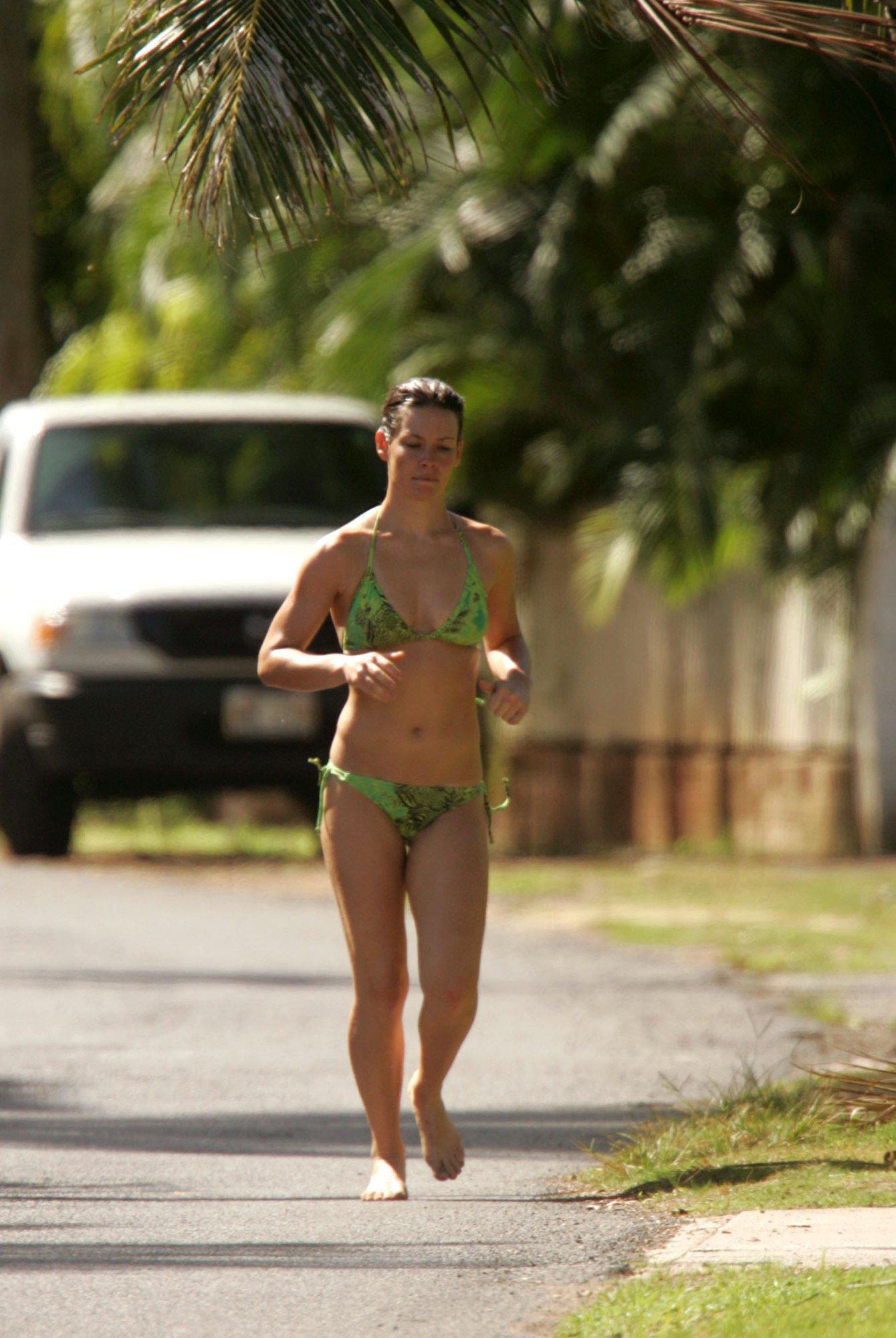 Evangeline Lilly Bikini P...
