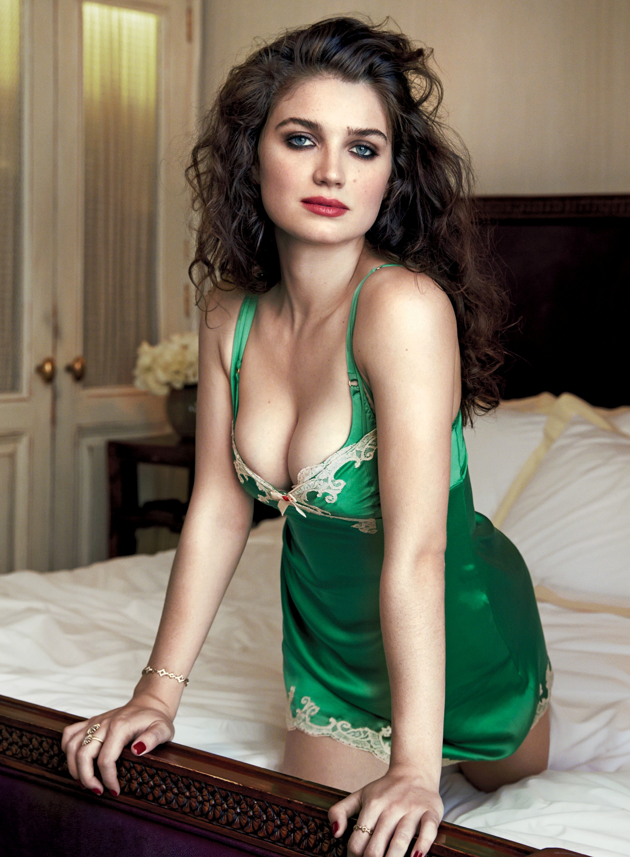 Eve Hewson Sexy Photos