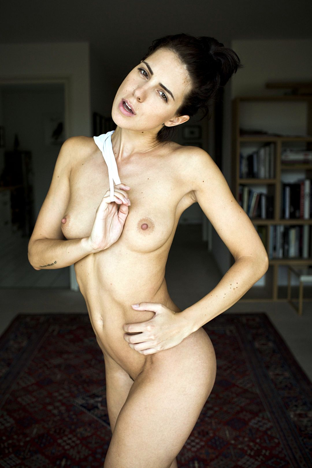 Franzi Skamet Naked Photo...