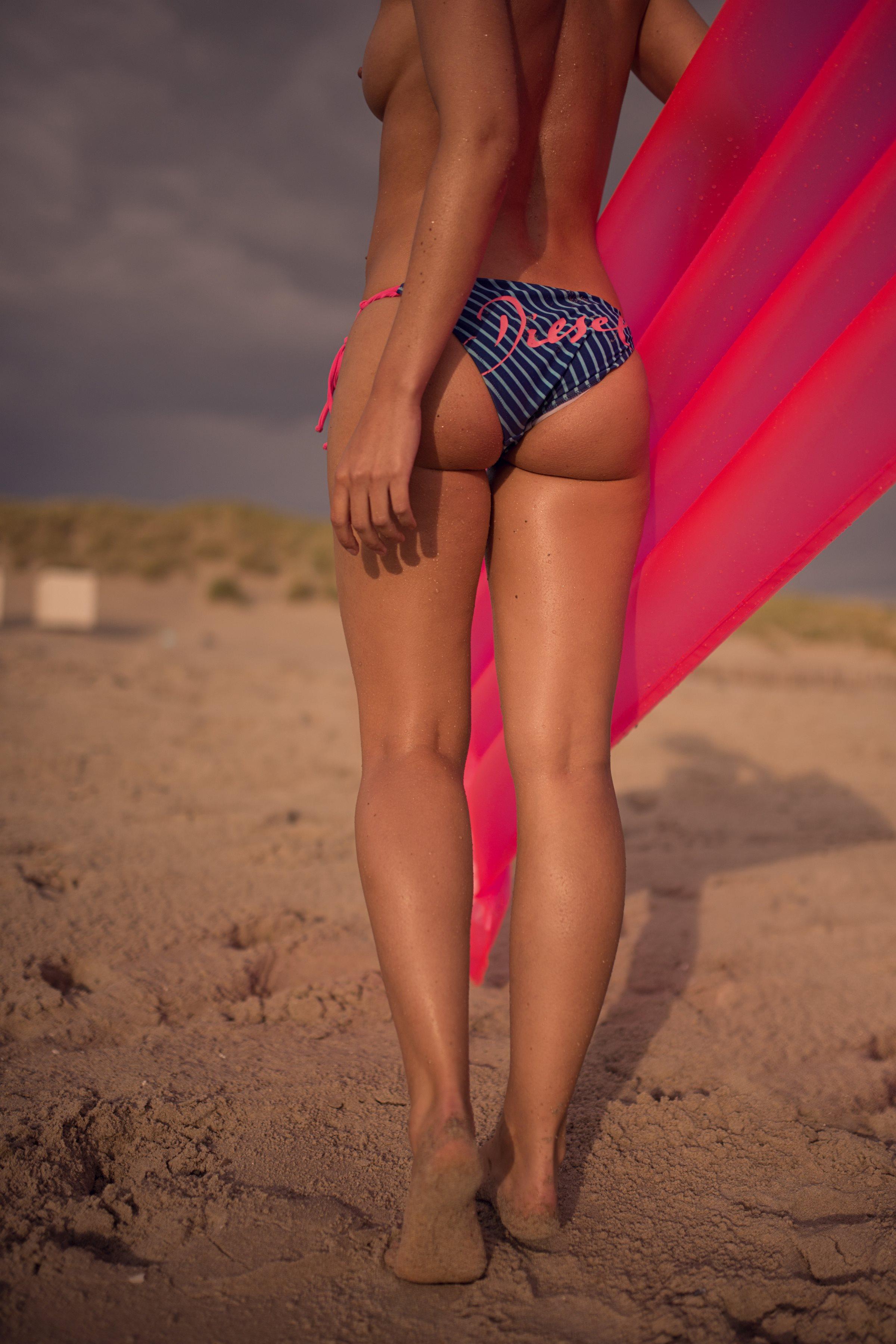 Nude Pics Of Franzi Skame...