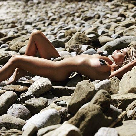 Genevieve Morton Nude Pic...