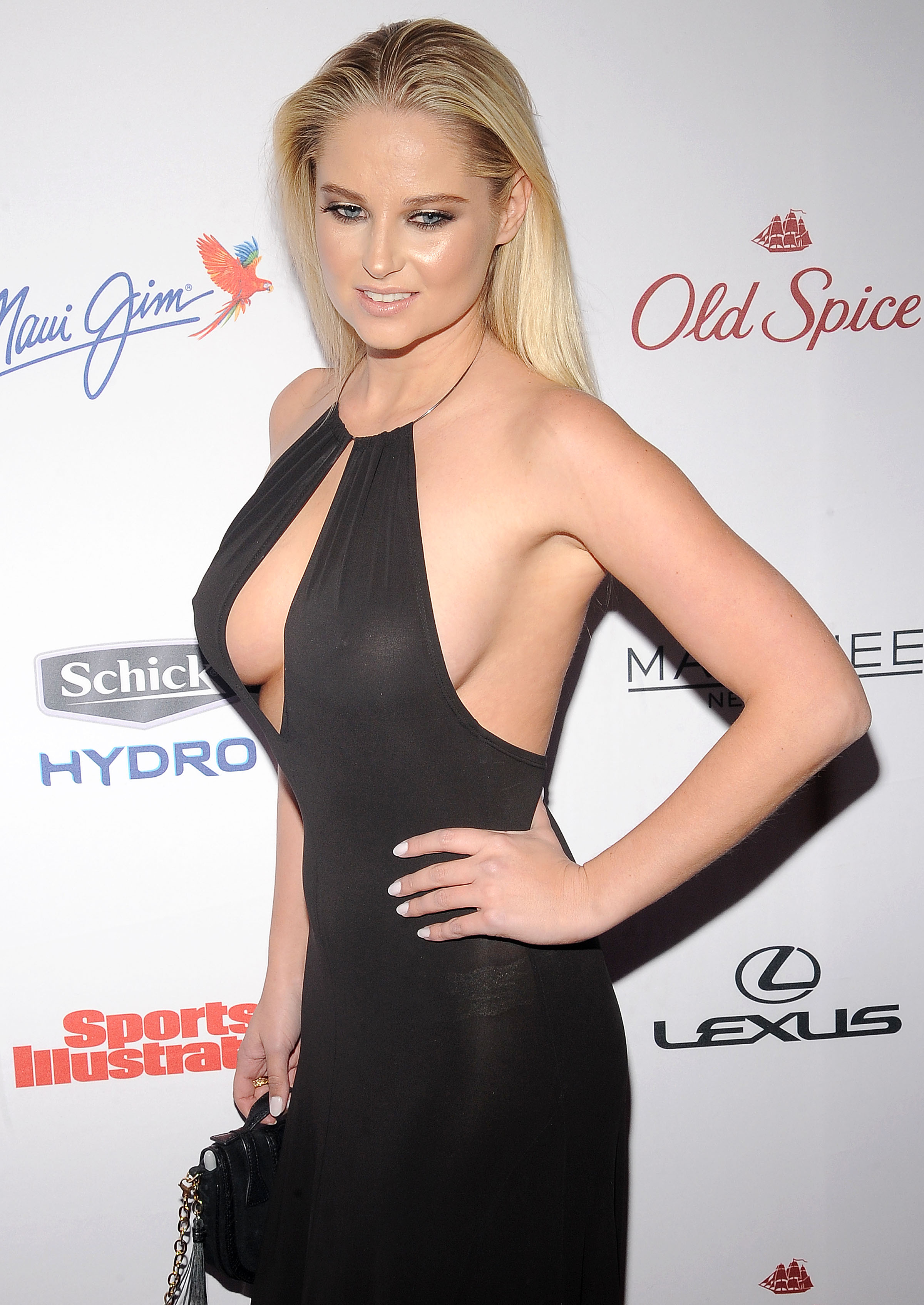 Genevieve Morton At The S...