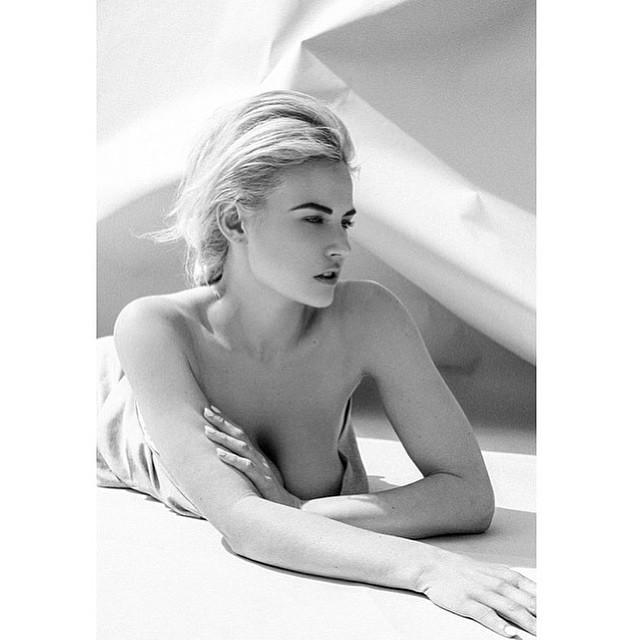 Gia Genevieve Topless Pho...