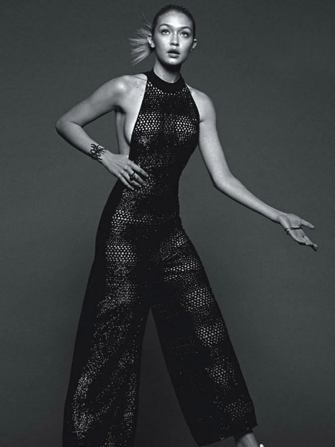 Gigi Hadid Hot Pics