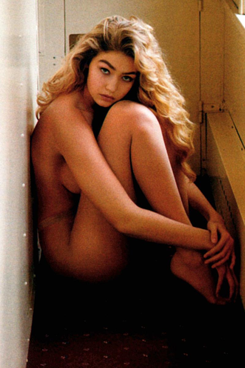 Gigi Hadid Naked 1