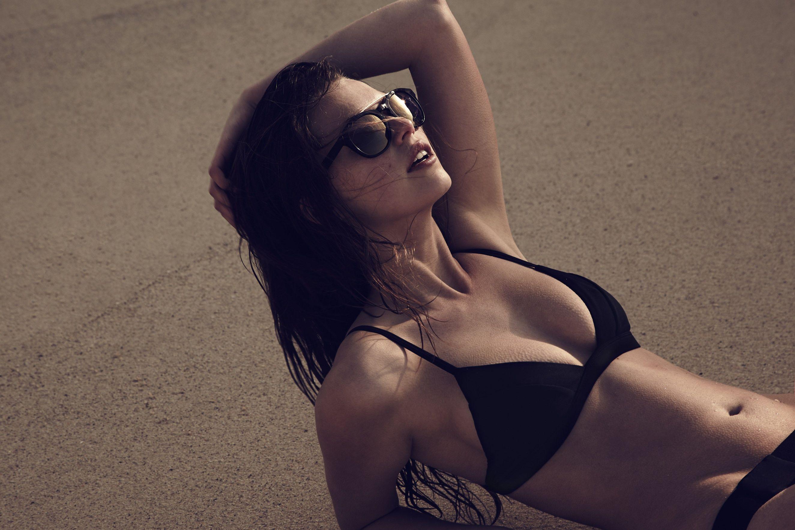 Gigi Midgley Sexy Pics