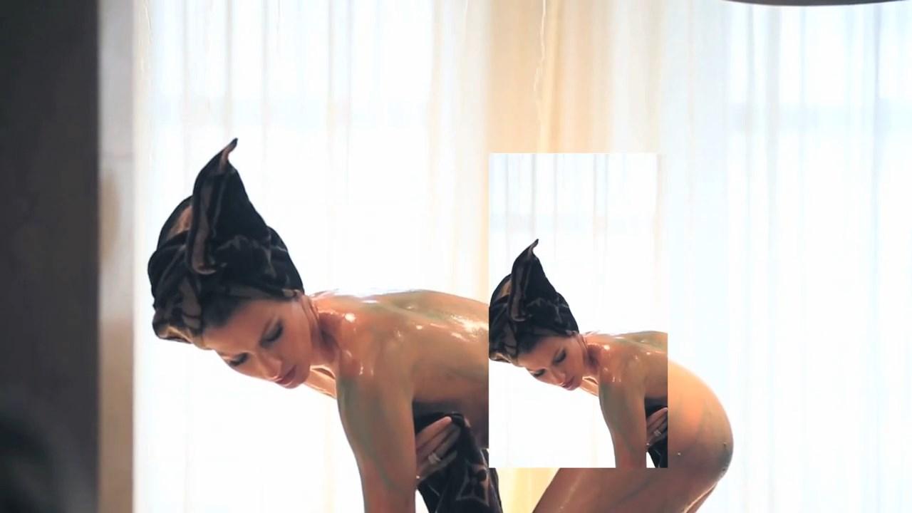Gisele Bundchen Nude Phot...