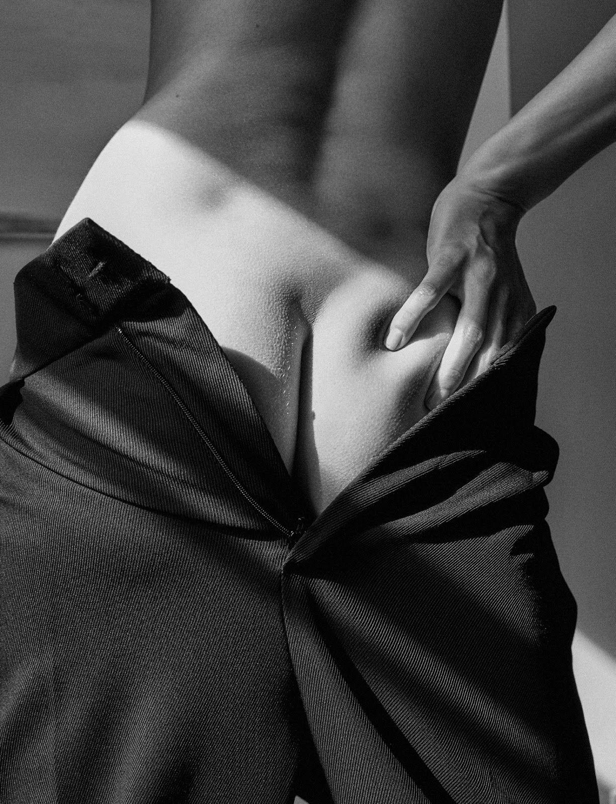 hana-jirickova-nude-sexy-11