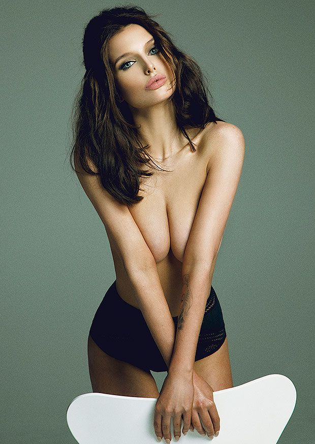 Helen Flanagan Topless Ph...