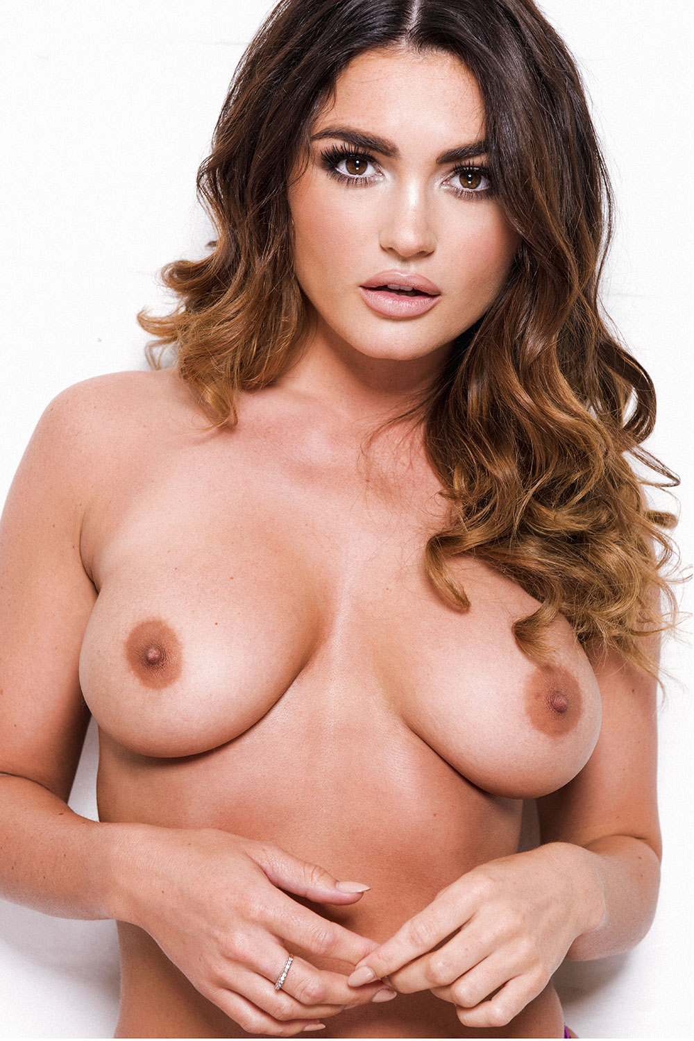 India-Reynolds-Sexy-and-Topless-1