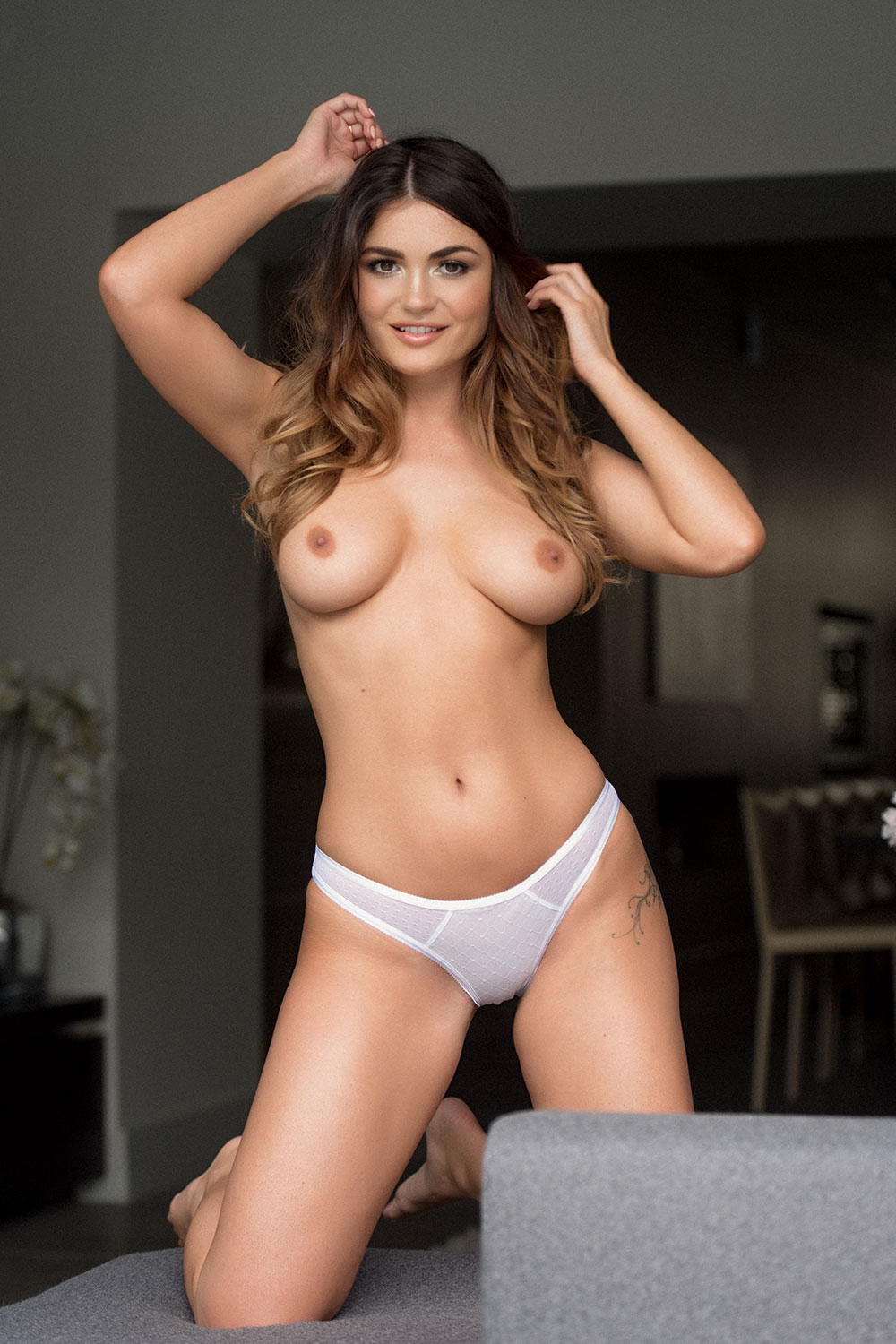 India-Reynolds-Topless-1
