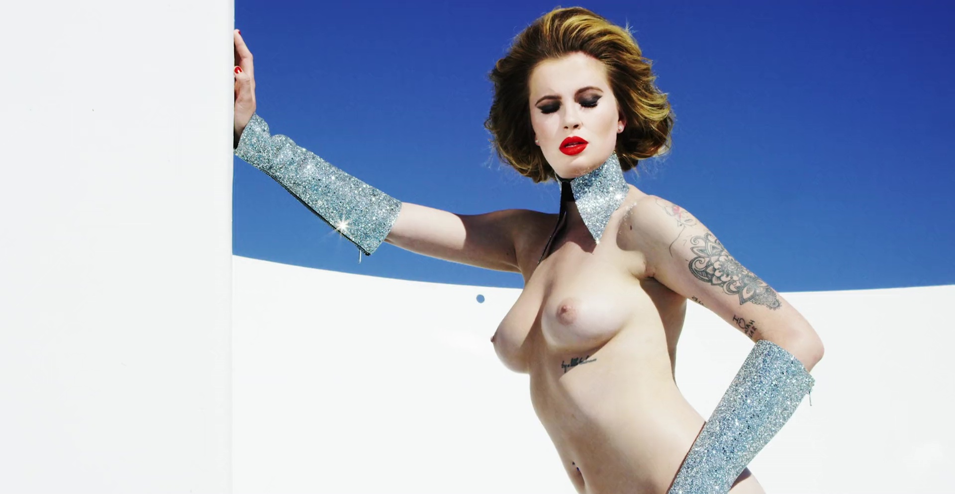 Ireland-Baldwin-Topless-20