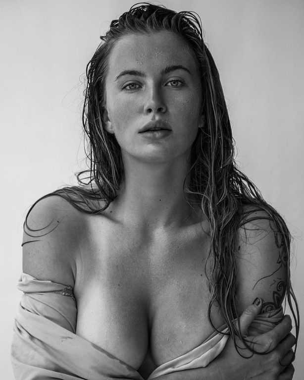 Ireland-Baldwin-Topless