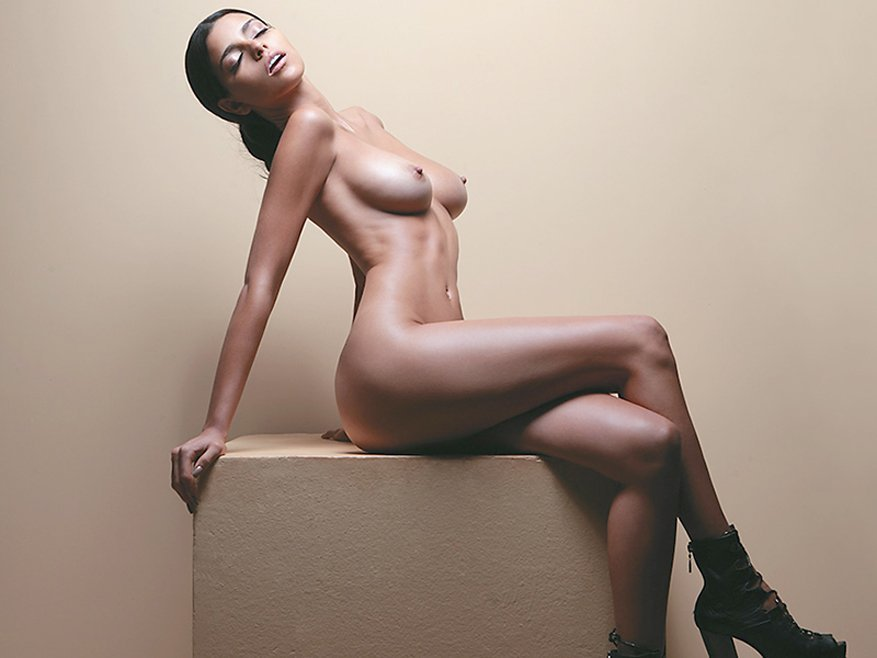 Isabella Obregon Naked Photo session 5