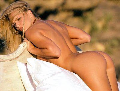 Jaime Pressly Naked