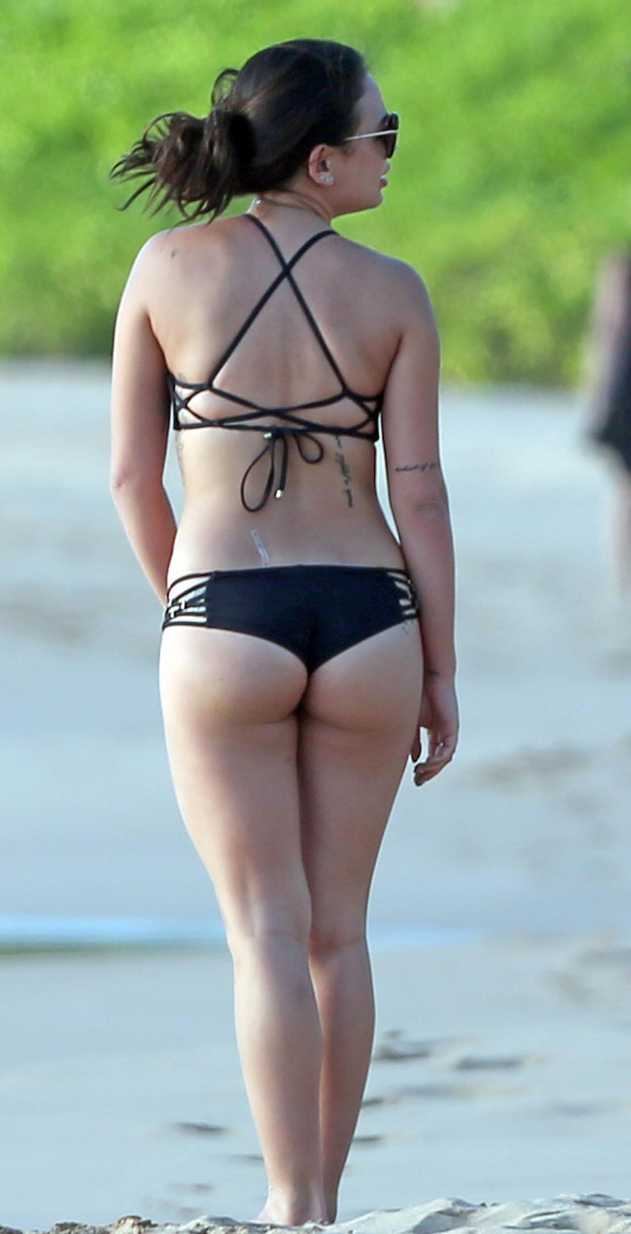 Janel Parrish Bikini Phot...
