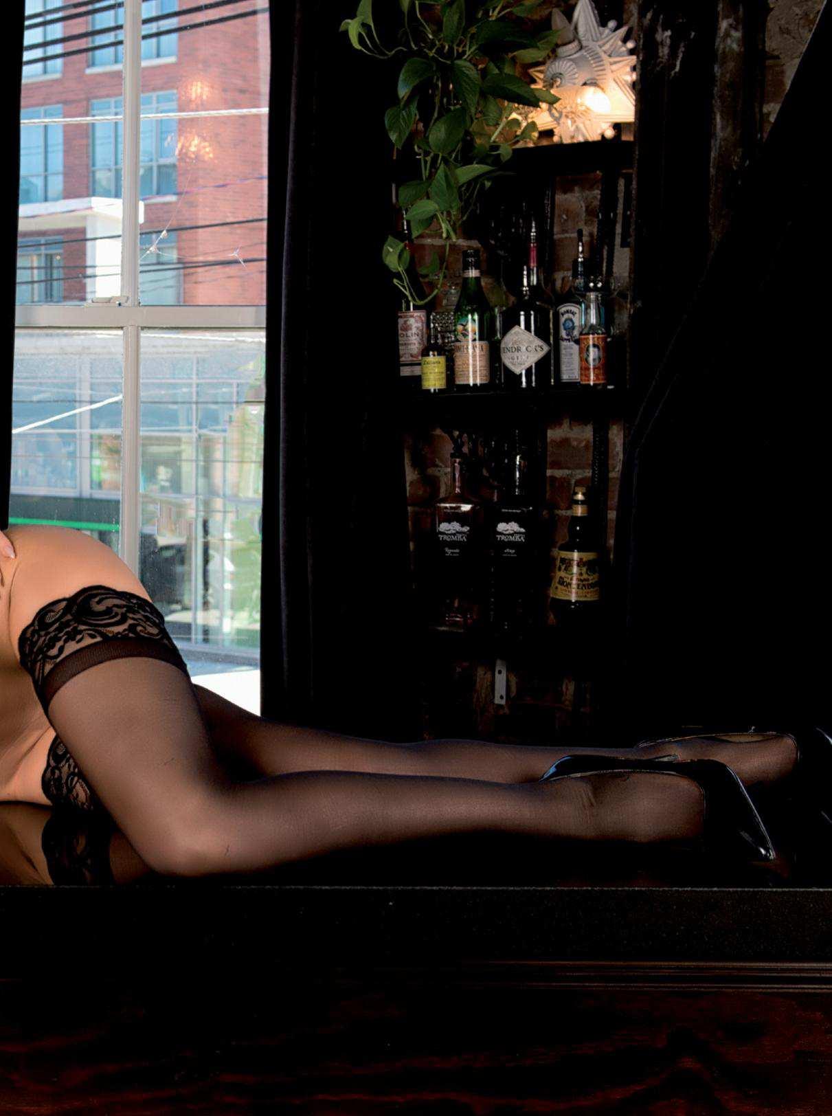Jasmine Ferguson Nude Pho...