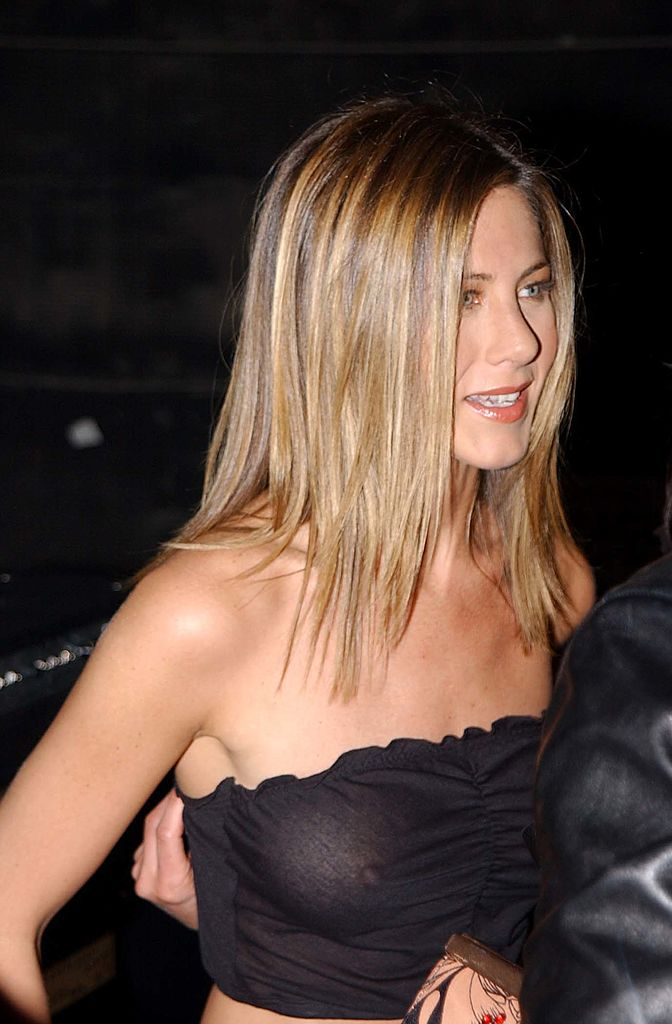 Jennifer Aniston See-thru...