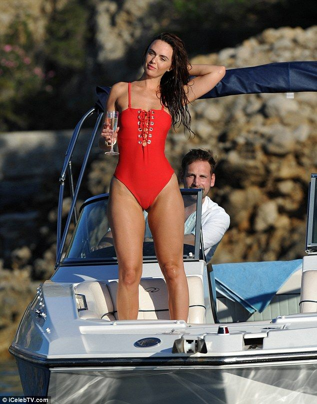 Jennifer Metcalfe Swimsui...