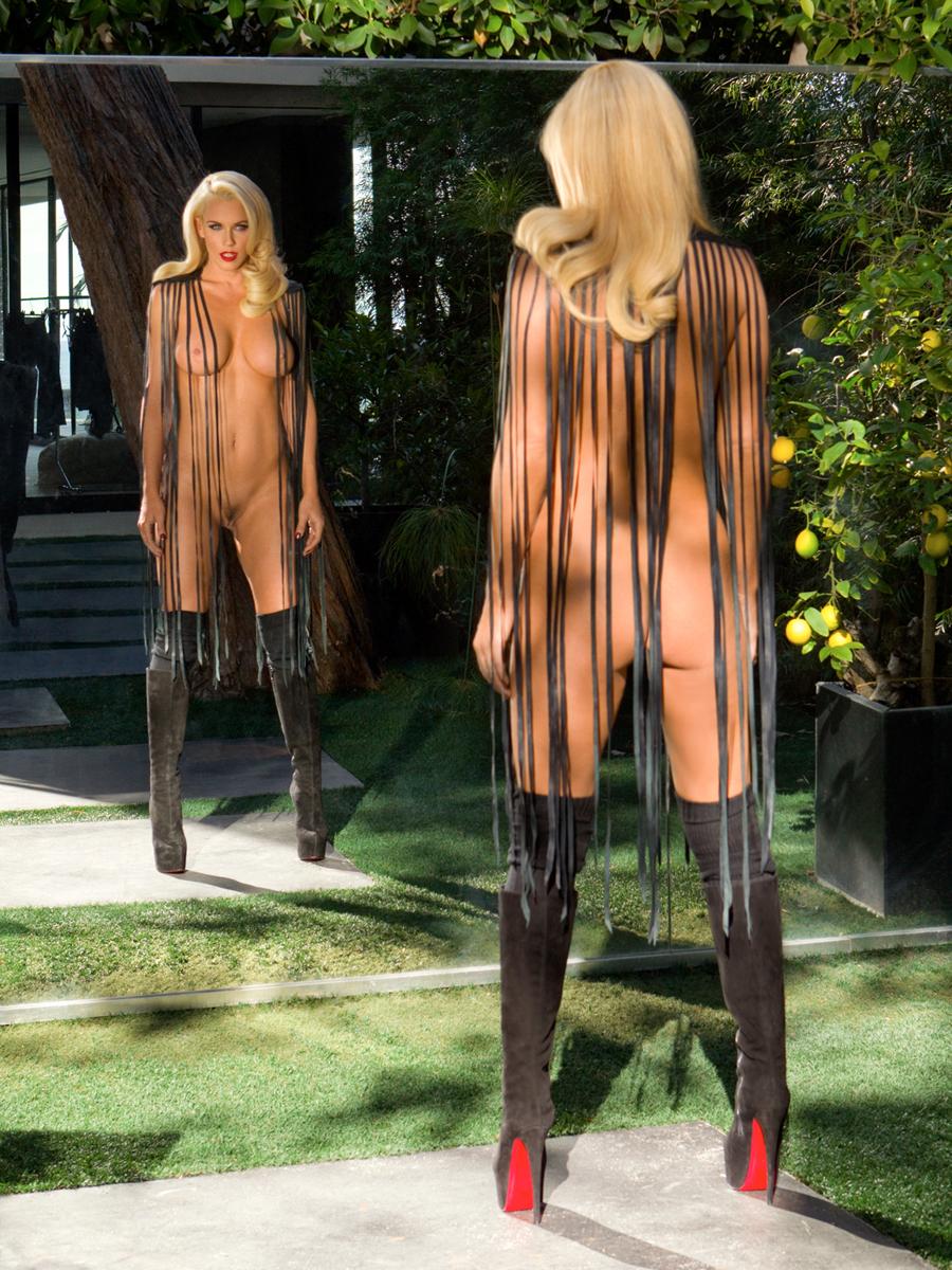 Jenny Mccarthy Naked Pics