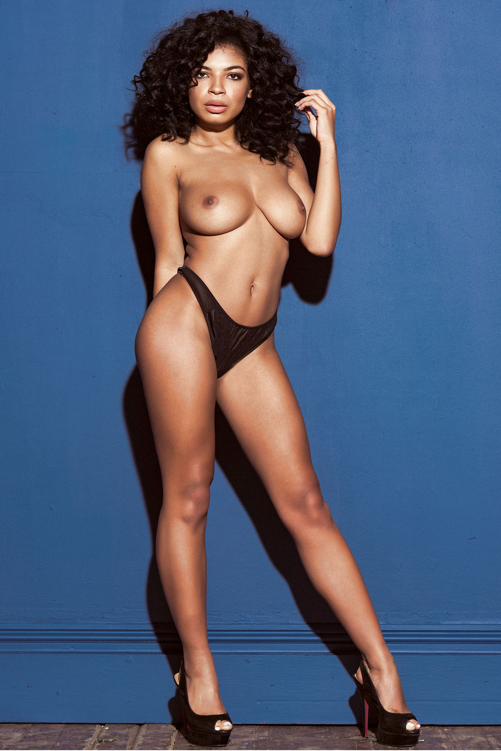 Topless Photos Of Jess Gr...