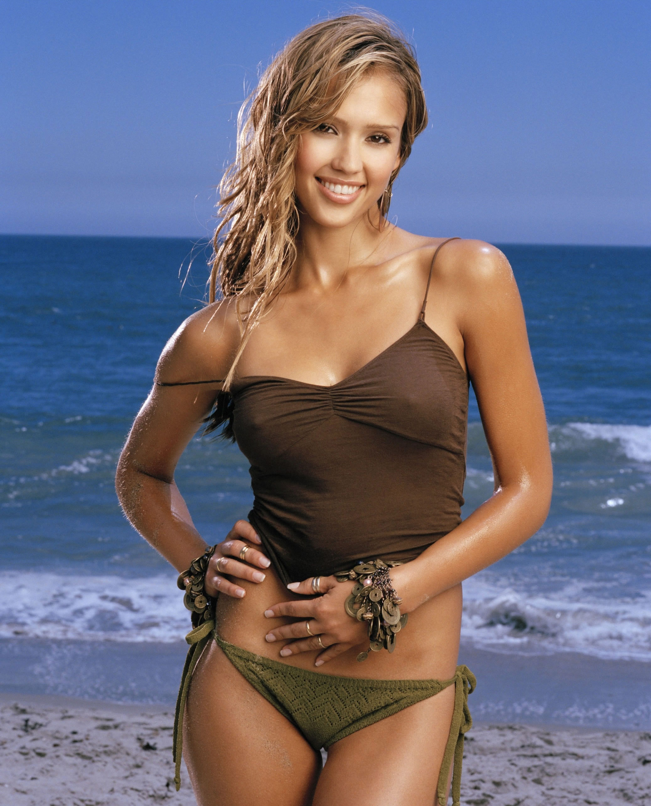 Jessica Alba Hot Photosho...