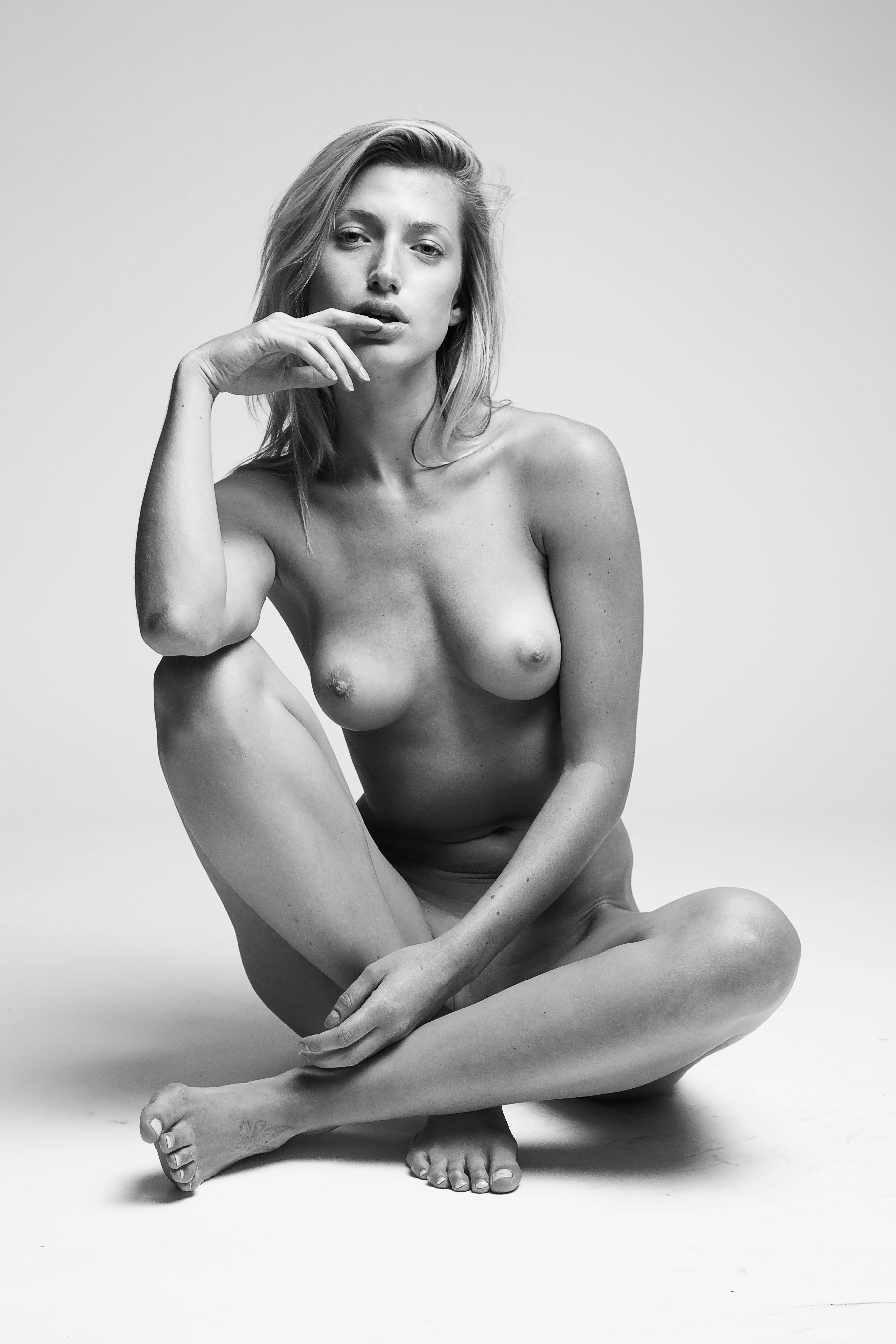 Jessica Larusso Naked Pho...